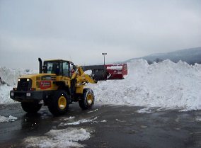 Snow Removal Palisades Center Shopping Mall in Nyack Rockland County NY